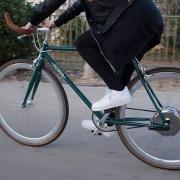 ebike Kollision zwischen links abbiegendem E-Bike und überholendem Motorrad